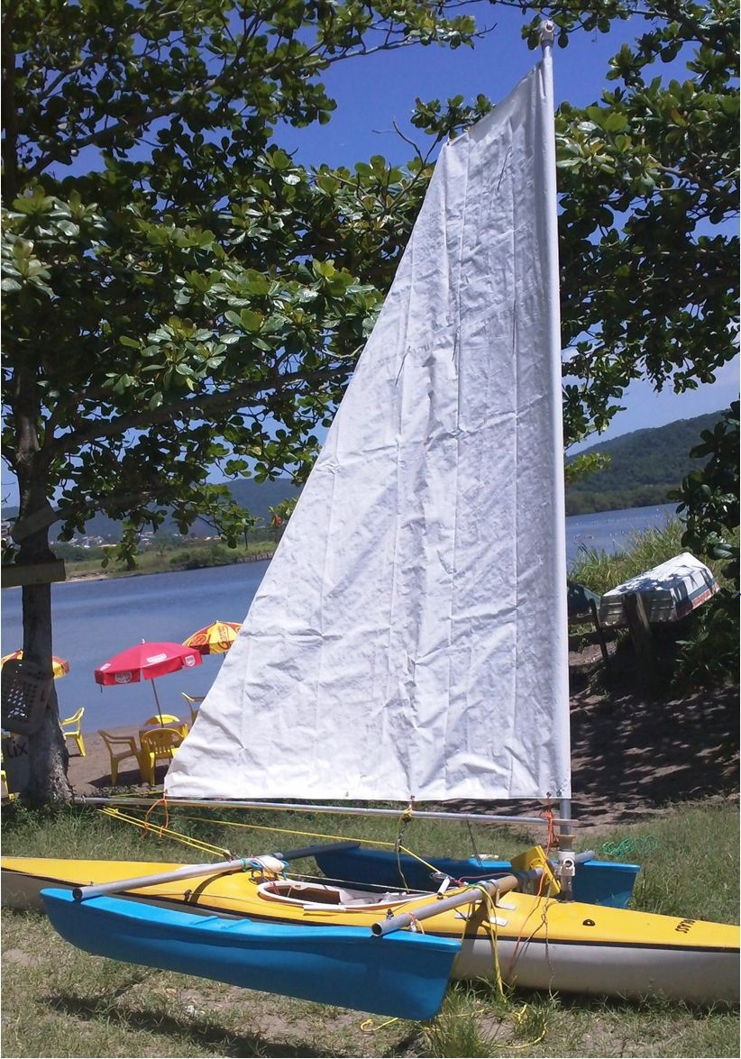 vk homemade sail for a small trimaran small trimarans. Black Bedroom Furniture Sets. Home Design Ideas