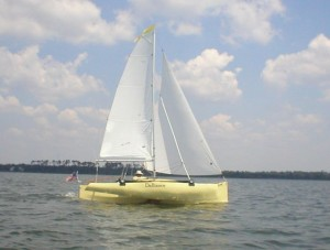 dalliance-micro-cruising-trimaran-10