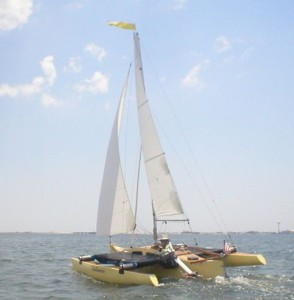 dalliance-micro-cruising-trimaran-11